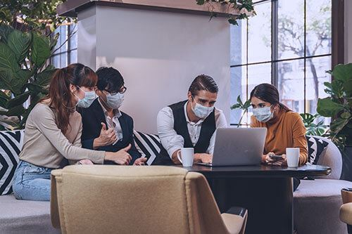 https://peninsulacanada.com/wp-content/uploads/2021/03/face-masks-in-the-workplace.jpg