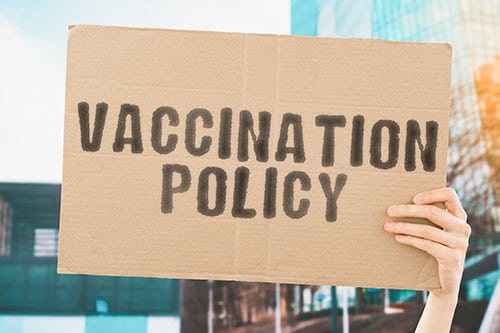https://peninsulacanada.com/wp-content/uploads/2021/09/Toronto-Businesses-Vaccination-Policy.jpg